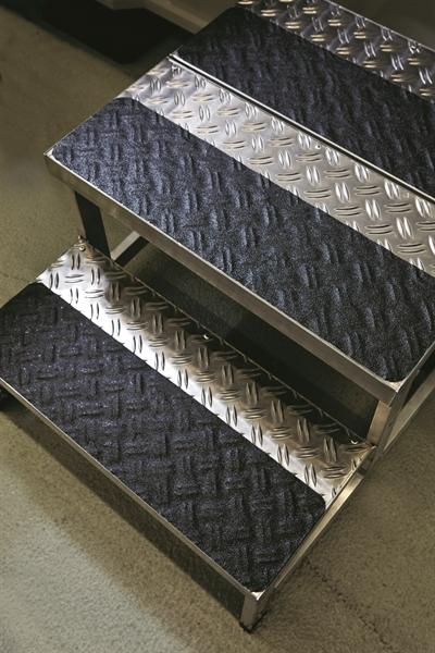 Antirutsch-Bodenmarkierungsband -PROline- verformbar, Rolle 18,3 m, selbstklebend