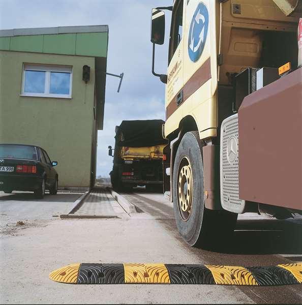 TopStop-20- bis zu 20 km/h- Fahrbahnschwelle aus Kautschuk - Normelement